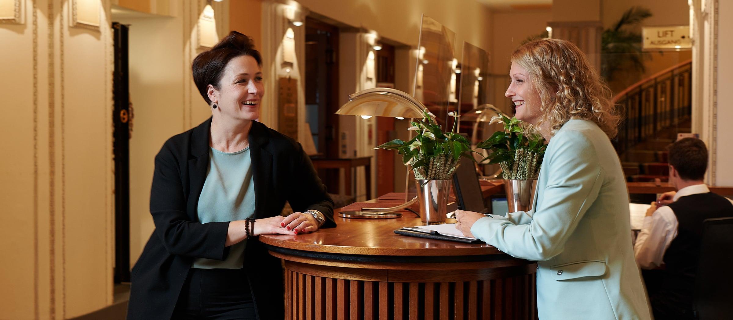 Montana Direktorin Miriam Boeger Marketingleiterin Sandra Widmer