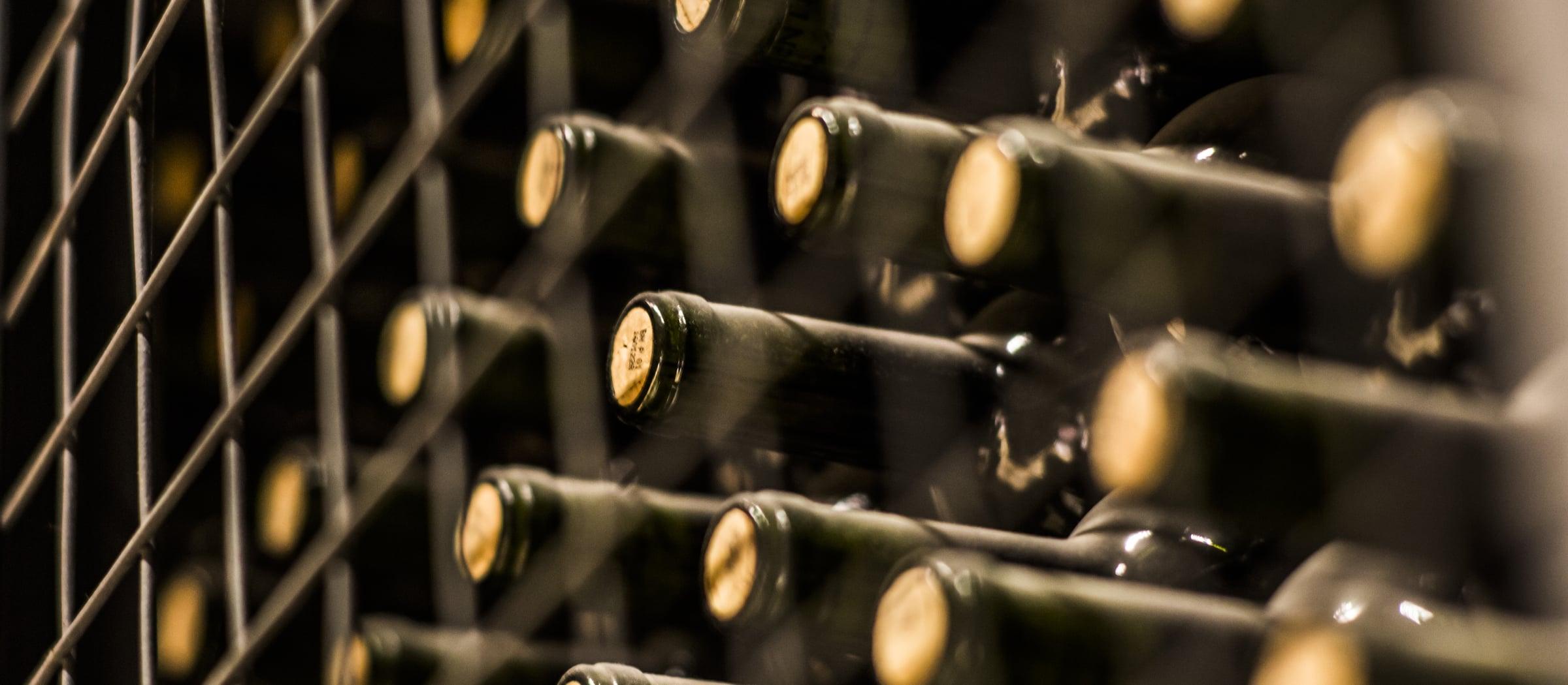 Wein Flaschen Pistor Sortiment